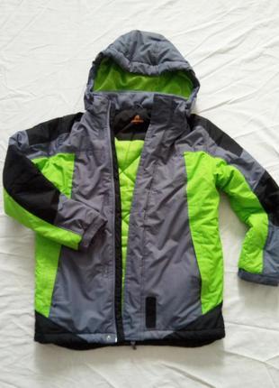 Куртка осень-зима outventure  рост 152 см