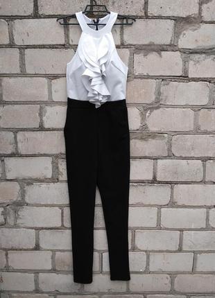Шикарный нарядный комбинезон с рюшами