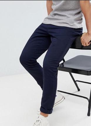 Темно -синие мужские брюки-чиносы armani