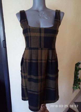 Sale!шерстяное платье с карманами,40-42 р