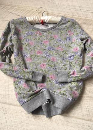 Серый свитшот худи в цветочный принт