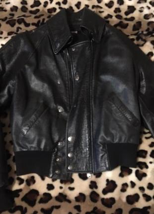 Кожаная куртка бомбер, размер м