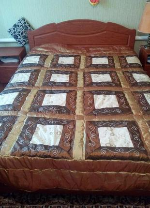 Красивое одеяло, покрывало на синтепоне размер 245*248