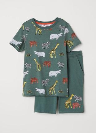 Костюм (шорты+футболка) для мальчика h&m размер 92 и 98 см