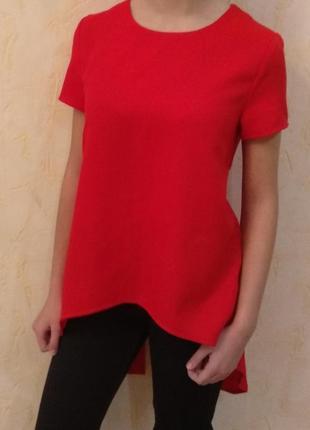 Красная блузка блуза с удлиненной спинкой с разрезами s-xs