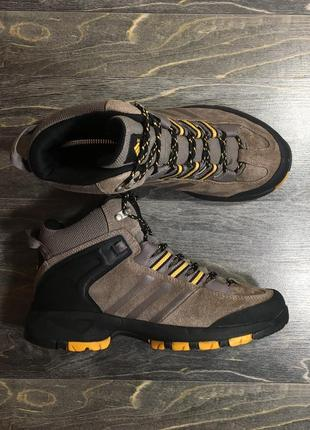 Ботиночки adidas на зиму