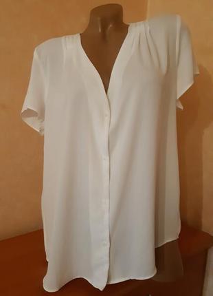 Белая блуза из шифона свободного кроя