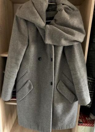 Продам тёплое женское пальто с капюшоном