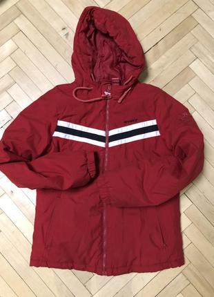 Красная куртка зимняя пуховик