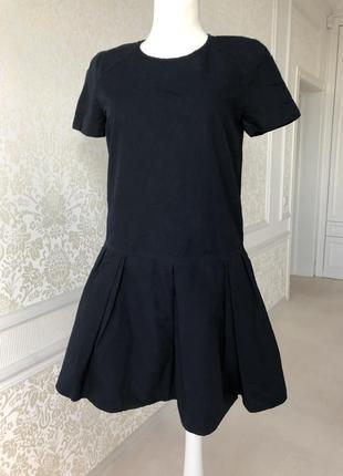 Платье темно синее gap, отличного качества , размер m