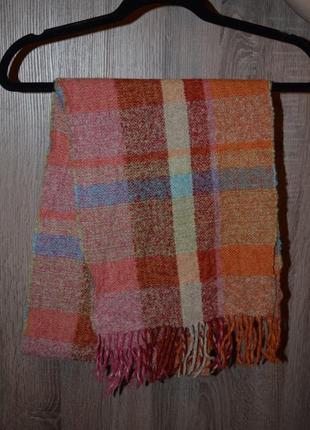 Яркий тёплый шерстяной шарф  made in germany