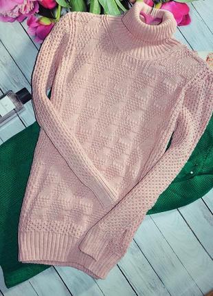 Стильный свитер гольф