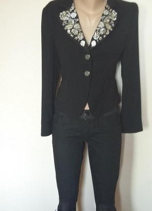 Шикарный пиджак stefanel почти новый  размер 42 it, на s