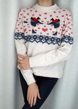 Красивый новогодний свитер