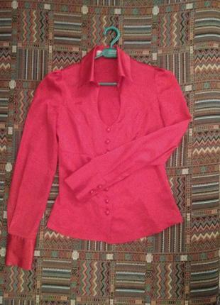 Нарядная атласная блузка