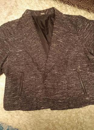 Black friday!  крутой пиджак черного цвета с люрексом для моделей plus size
