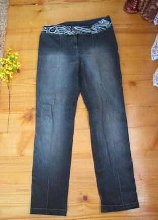 Супер гламурние джинси  свишитим поясом 14-16размер бренд