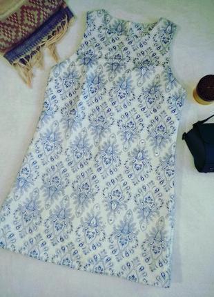 Платье а-силуэт текстурная ткань вышивка