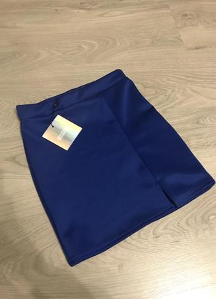 Крутая мини юбка в цвете электрик