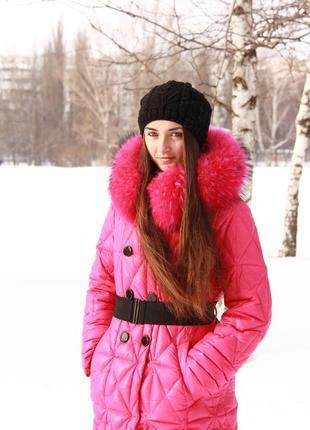 Классный теплый пуховик на зиму с натуральным мехом енота