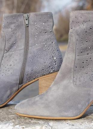 Жіночі черевики, ботінки maripe