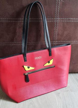 """Клевая красная сумка с глазами """"монстра"""" с длинными чёрными ручками из эко кожи"""