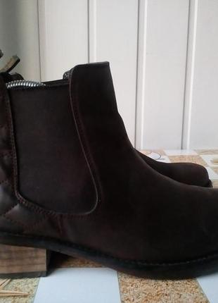Кожаные ботинки фирмы barbour