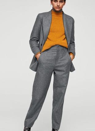 Шерстяной брючный костюм mango р s