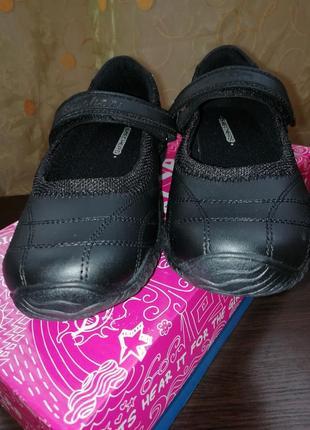 Школьные туфли skechers