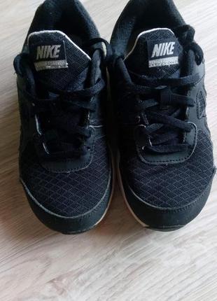 Оригінальні кросовки nike