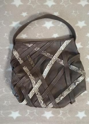 Шикарная большая вместительная сумка от tamaris