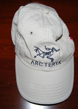 Кепка бейсболка arcteryx, оригинал (пр-во canada), на окр. головы до 60 см.