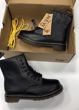 Шикарные женские чёрные зимние ботинки dr. martens 1460 с мехом! 😍