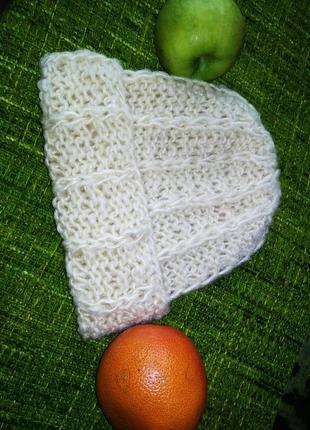 Супе шапка крупной вязки из овечьей шерсти