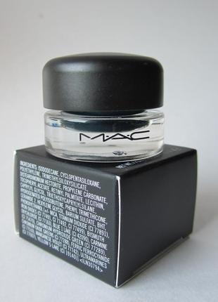 Шикарная ультра стойкая гелевая подводка mac