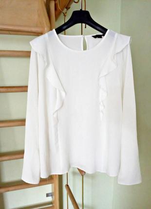 Красивая белая блуза с длинными рукавами 16- 18