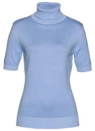 Пуловер небесно-голубого цвета с высоким воротом и коротким рукавом от sela basic