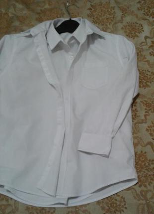 Школьные рубашки next  моего ребёнка в идеальном состоянии, цена за 2 шт.