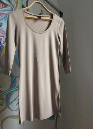 Женственное бежевое обтягивающее платье с рукавом 3/4 от vila clothes