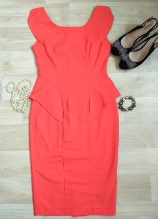 Красивое нежное платье футляр с баской от loaded кораллового цвета, 44-46