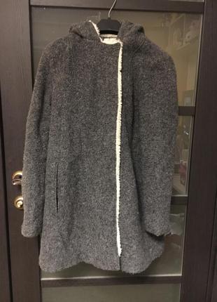 Зимнее серое пальто на синтепоне с капюшоном zara trf trafaluc xs, s, m пуховик