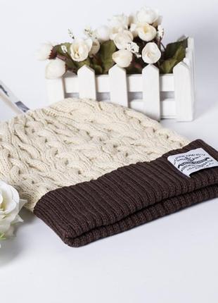 Женская демисезонная шапка вязаная 1329
