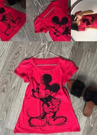 Червона футболка з мікі