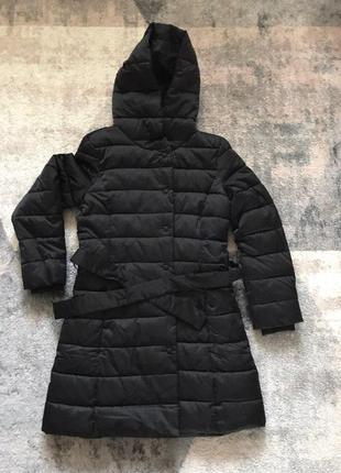 Длинная куртка осень - зима sisley с поясом, размера s-m.
