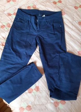 Сині класичні джинси/брюкм