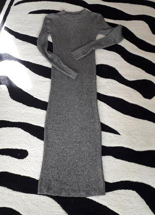 Классное теплое платье-резинка