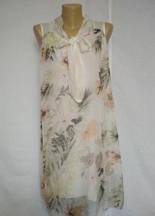 Красивое платье,100%шелк италия