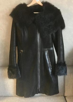 Шикарная черная дубленка с лазерным напылением натуральная кожа мех s 44