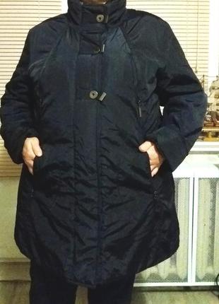 Очень качественная утепленная курточка,58-60разм.