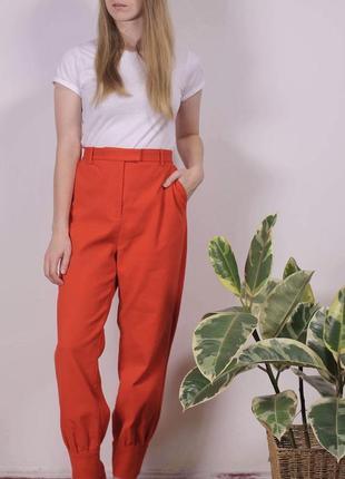 Плотні брюки яскравого кольору від мого улюбленого бренду